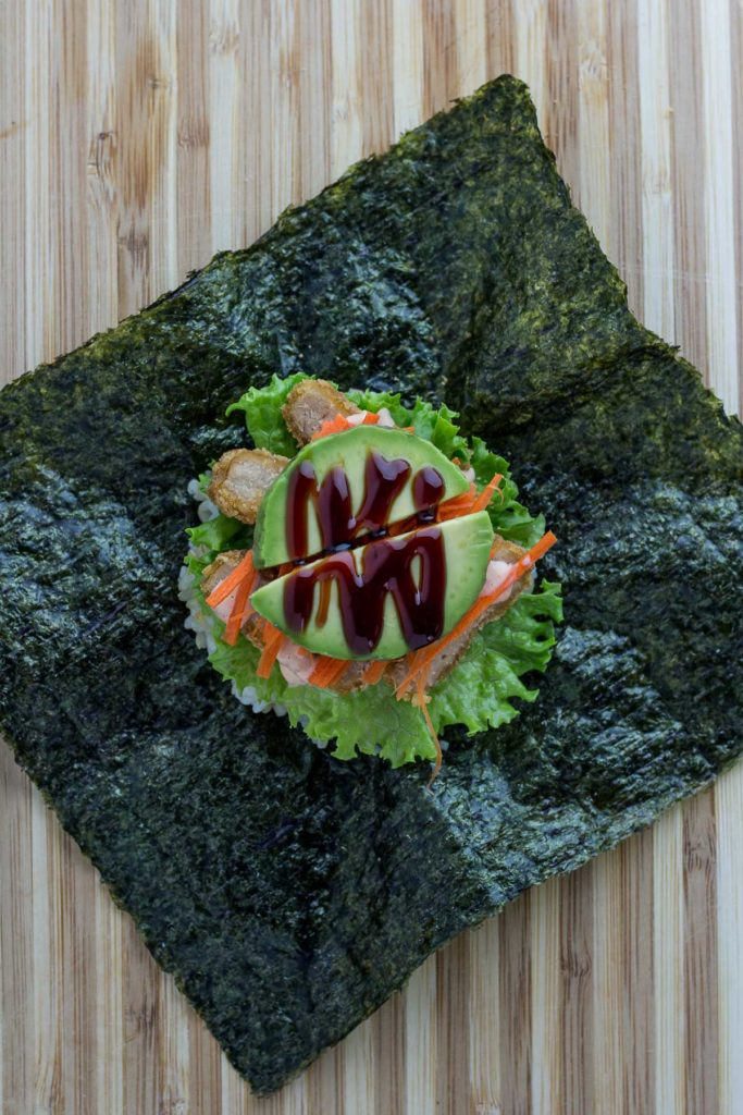 vegan onigirazu - step 6