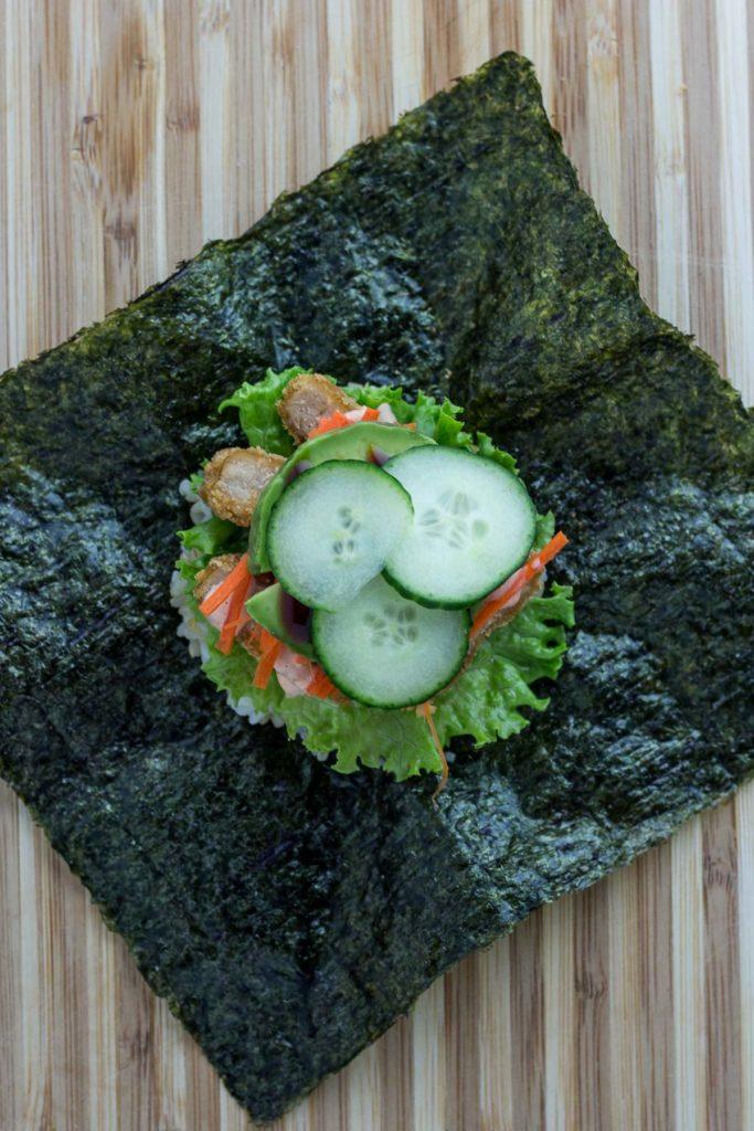 vegan onigirazu - step 7
