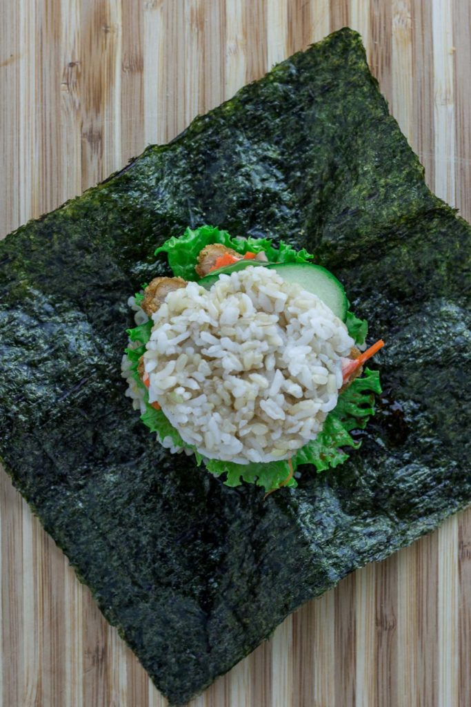vegan onigirazu - step 8